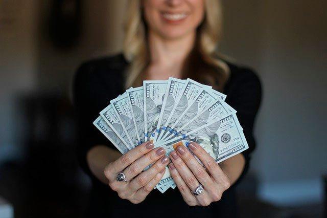 Материнский капитал на пенсию мамы: как это работает