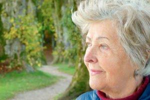 Опекунство над пожилым человеком 80 лет: как оформить опеку