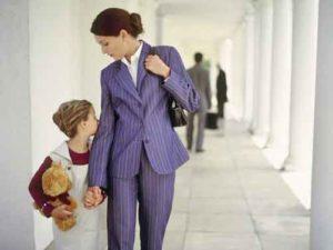 Можно ли поменять фамилию ребенку после развода