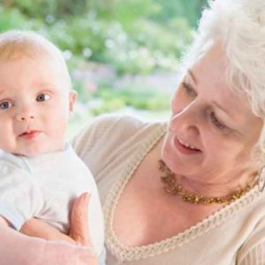Как оформить декретный отпуск на бабушку