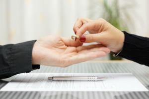 Расторжение брака с недееспособным супругом